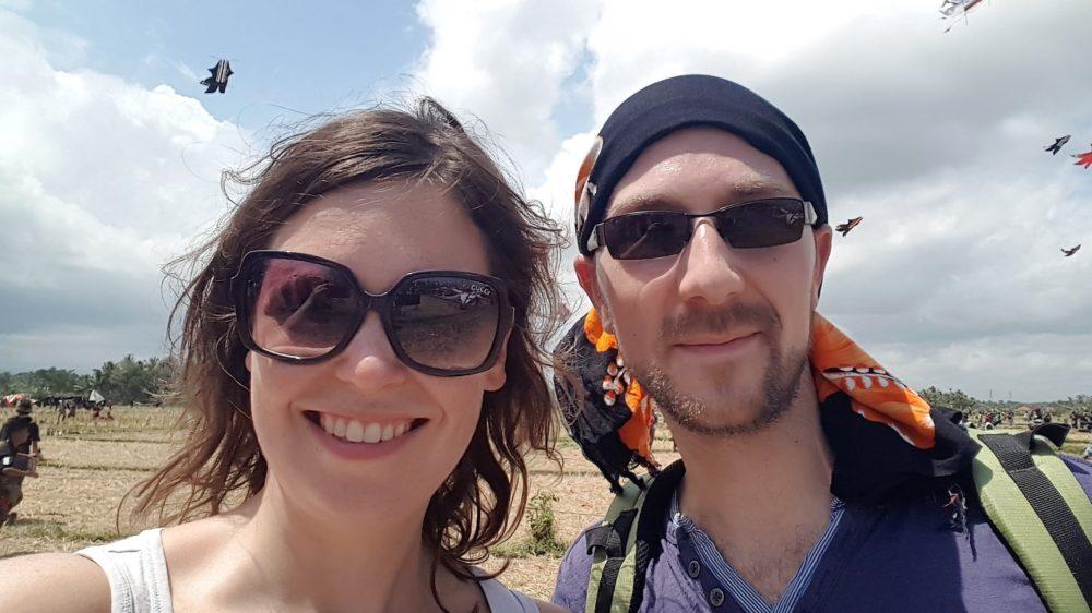 Maria und Jan bei Kite Festival auf Bali